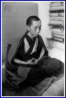 Geshe Kelsang Gyatso meditating