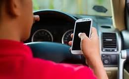 smartphone in car