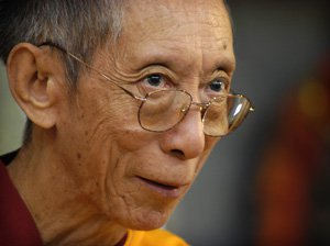 Geshe-la looking at Pure Land