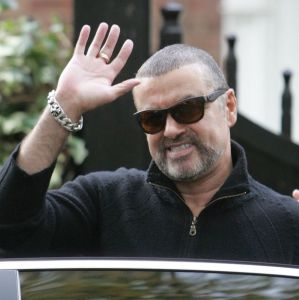george-michael-leaving-his-home-in-north-london-britain-17-oct-2012