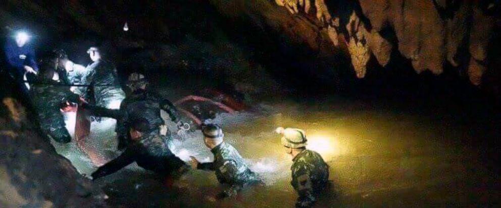Thai boys rescue