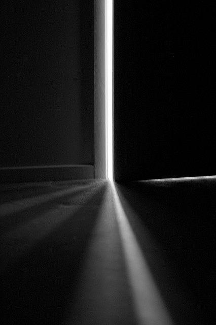 chink of light
